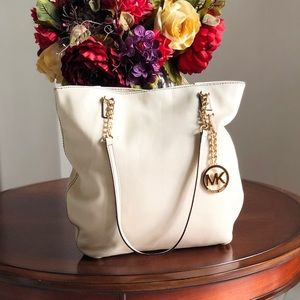 Authentic Michael Kors Shoulder Bag